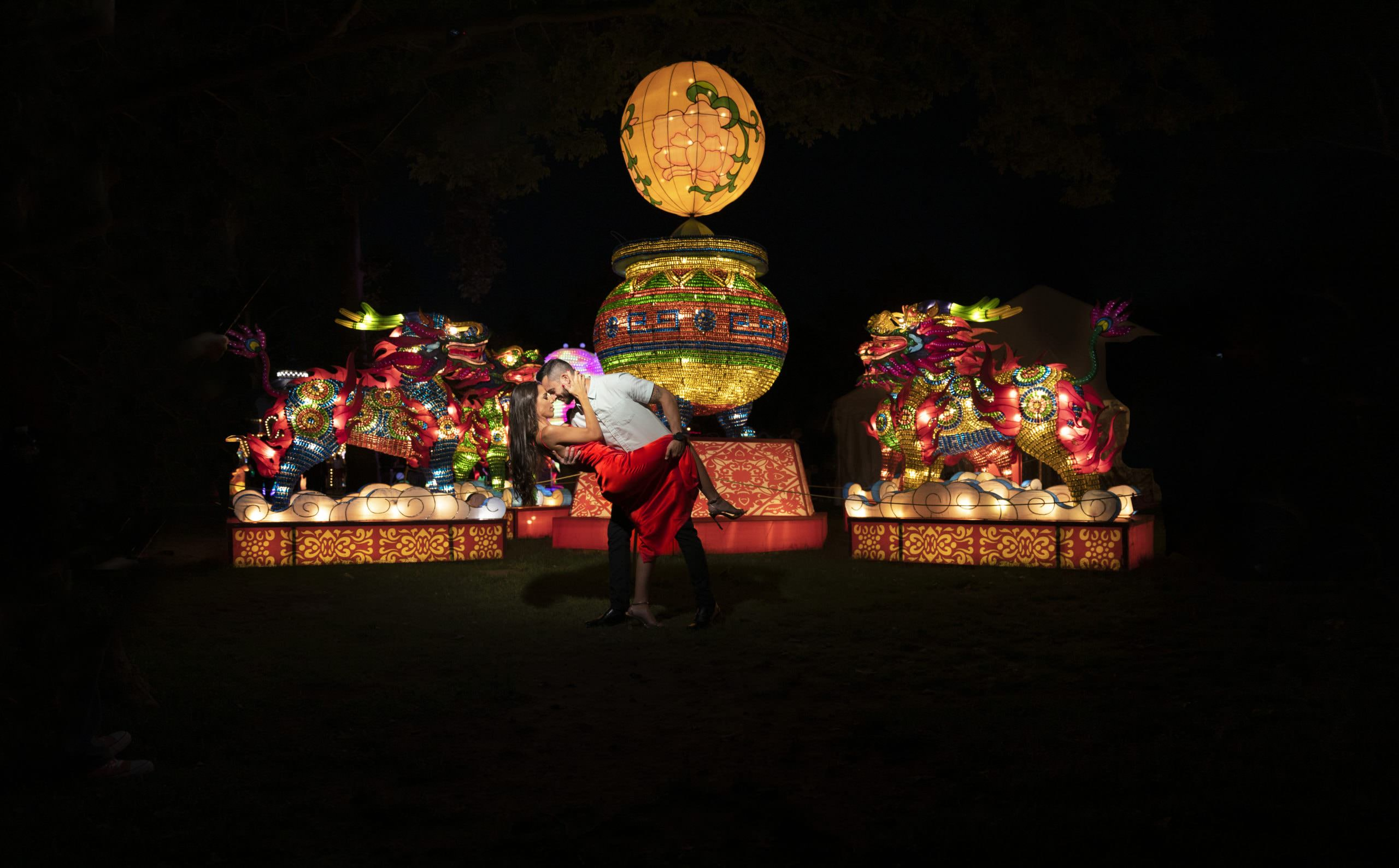 Colorful, magmod, Canon, Chinese lantern festival engagement session, the creative shutter photography
